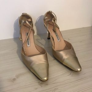 Manolo Blahnik Vintage Ankle strap pointed shoes